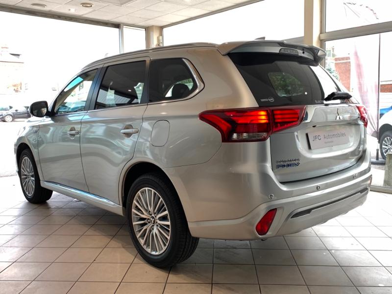 MITSUBISHI PHEV Twin Motor Business 4WD MY20